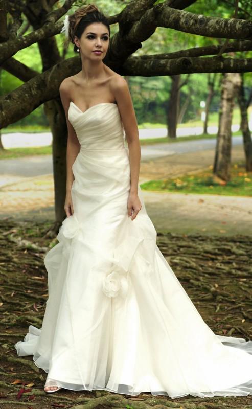 Augusta jones wedding and bridal dresses hong kong for Wedding dresses in augusta ga